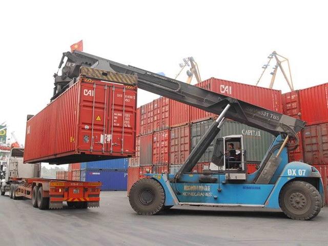 Bốc xếp contaner kho tại kho bãi của Container Bắc Ninh